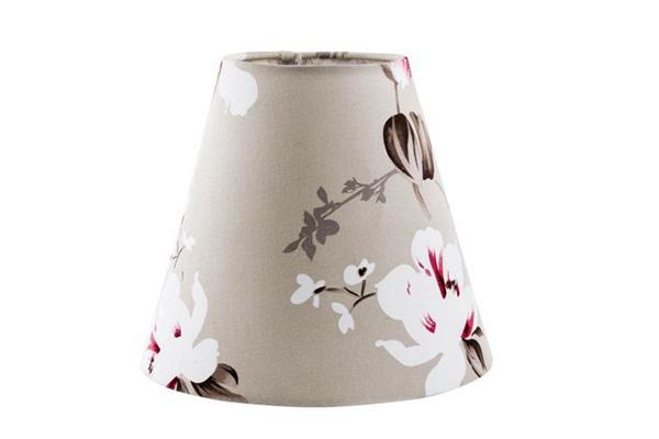 Cvetni abažur za lampu