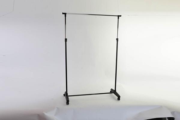 Metalni štender 89x38x103/167