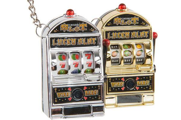 Privezak za ključeve jackpot 3x2x5,5