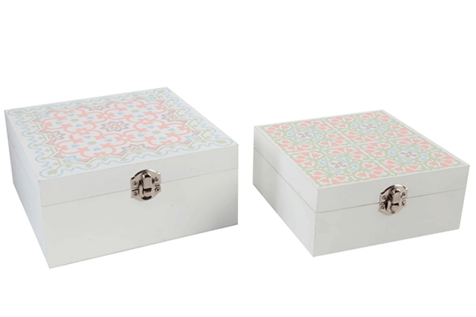 Set belih kutija sa pastelnim šarama 18x18,5x8