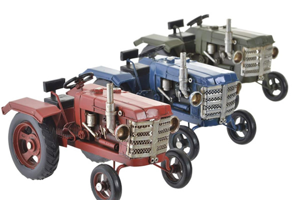 Dekoracija traktor 16x9x9,5 3 modela