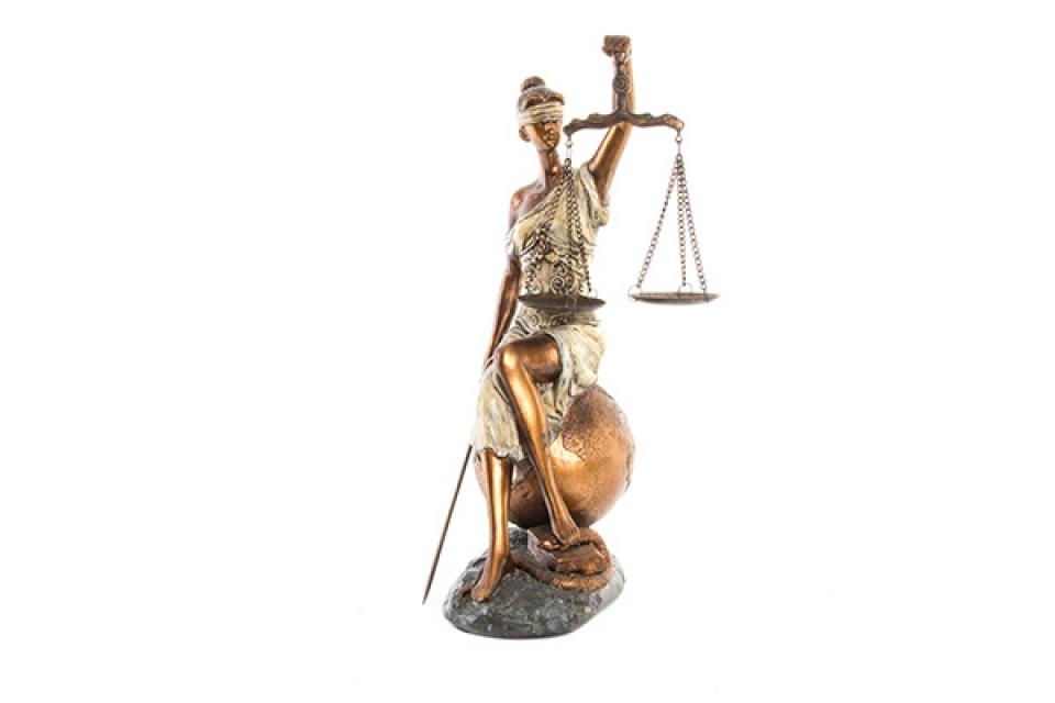 Figura pravda 17x15x35