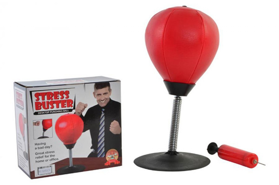 Igra punching ball
