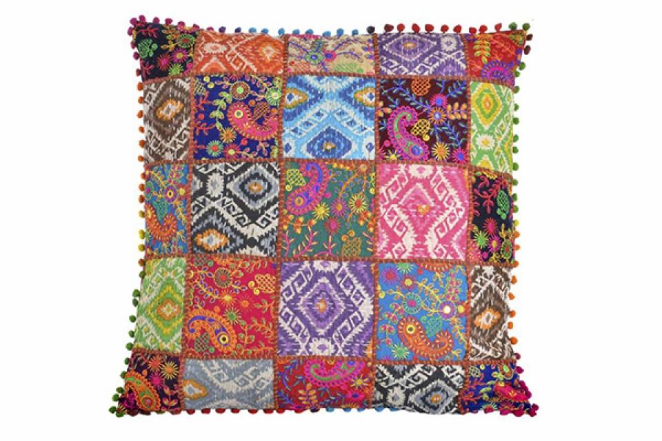 Jastuk patchwork 60x60 850 gr.