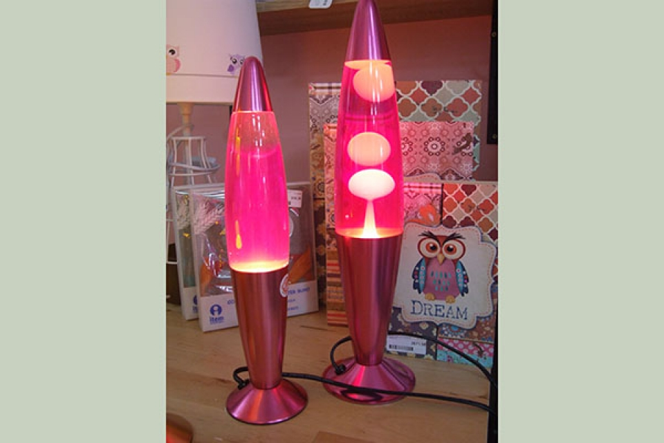 Lampa lava belo roze, stone lampe