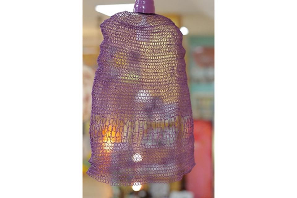 Luster od pletene žice/ljubičasti/36x20x45cm