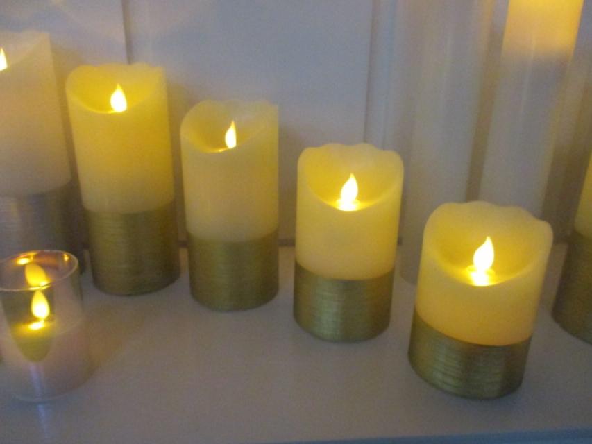 Novogodišnja led sveća 7,5x10