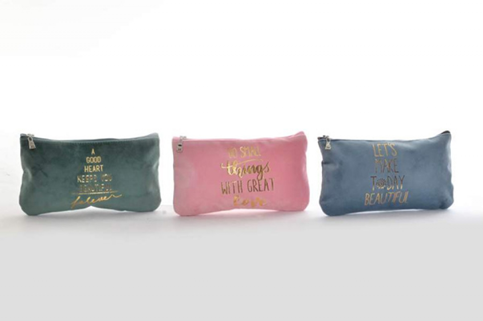 Toaletna torbica u boji 20x1x11,5 3 modela